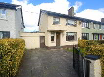 Photo 1 of 23 Sarsfield Park, Lucan, Dublin