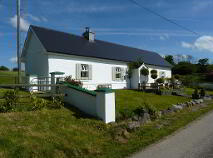 Photo 7 of Lakeside Cottage, Cavetown Lake, Croghan, Roscommon