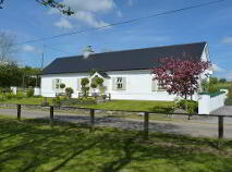 Photo 10 of Lakeside Cottage, Cavetown Lake, Croghan, Roscommon