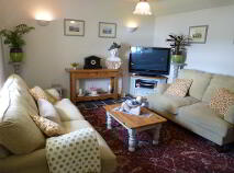 Photo 20 of Lakeside Cottage, Cavetown Lake, Croghan, Roscommon