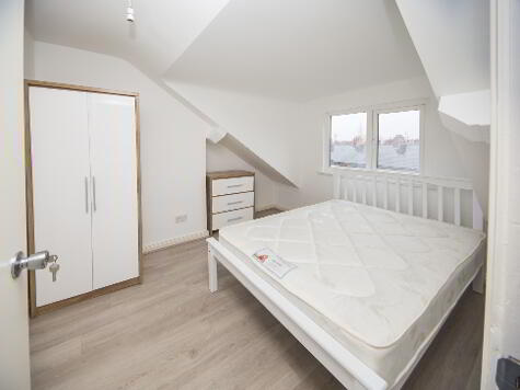Photo 1 of Room 4, 3 College Place, Belfast