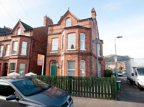 Photo 1 of 6 Inver Avenue, Belfast