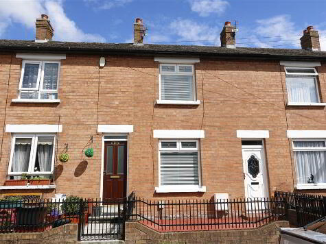 Photo 1 of 136 Roslyn Street, Belfast