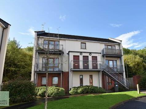 Photo 1 of 73 Heath Lodge Drive, Belfast