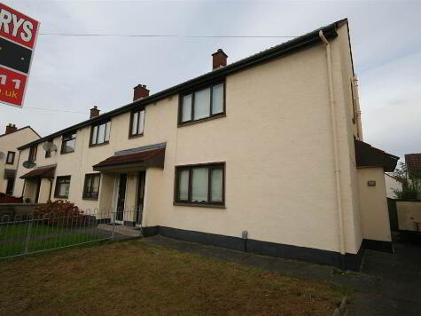 Photo 1 of 13 Garron Crescent, Finaghy, Belfast
