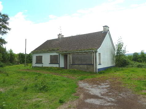 Photo 1 of 34 Creamery Road, Derrygonnelly