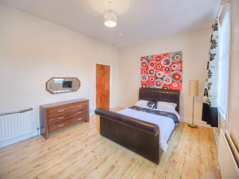 Photo 1 of Room 3, 31 Ponsonby Avenue, Belfast