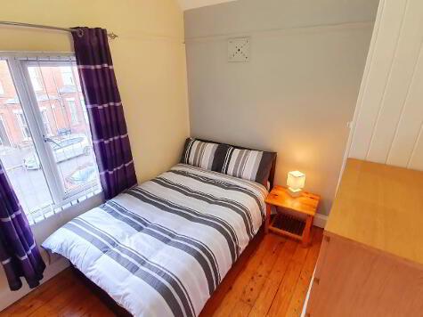 Photo 1 of Room 5, 58 Wellesley Avenue, Lisburn Road, Belfast