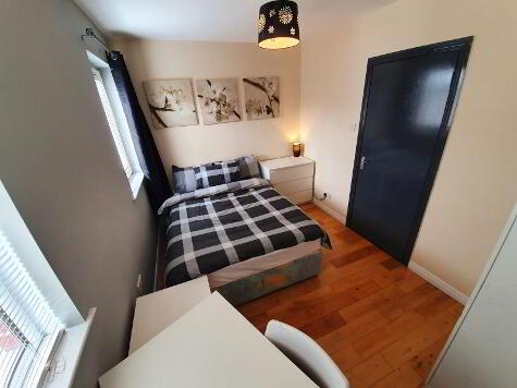 Photo 1 of Room 3, 144 Ulsterville Avenue, Lisburn Road, Belfast