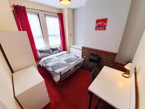 Photo 1 of Room 1, 9 Chadwick Street, Lisburn Road, Belfast