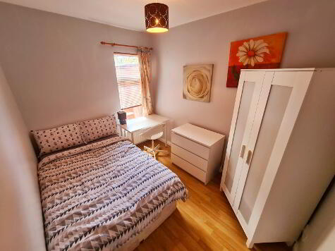 Photo 1 of Room 3, 8 Lisburn Avenue, Lisburn Road, Belfast