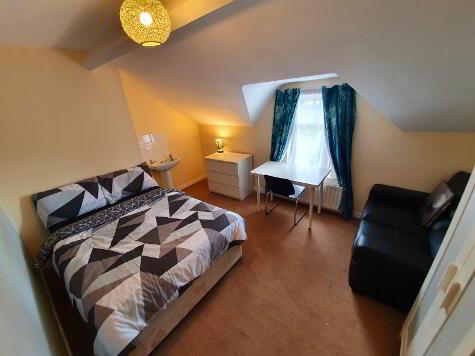 Photo 1 of Room 5, 33 Landseer Street, Stranmillis, Belfast