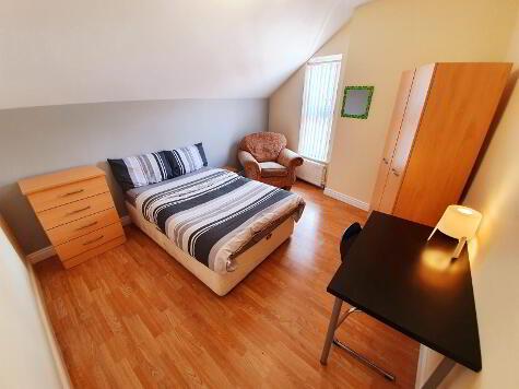 Photo 1 of Room 6, 1 Sandymount Street, Stramillis, Belfast