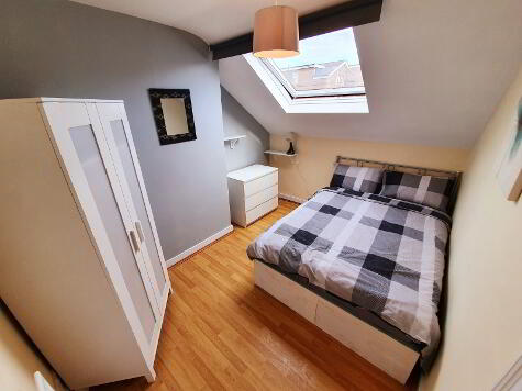 Photo 1 of Room 5, 6 Wellington Park Avenue, Lisburn Road, Belfast