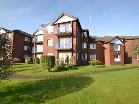 Photo 1 of Apt13, Lyndhurst Court, Bangor