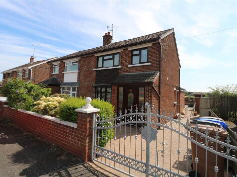 Photo 1 of 93 Willowvale Avenue, Stewartstown, Belfast