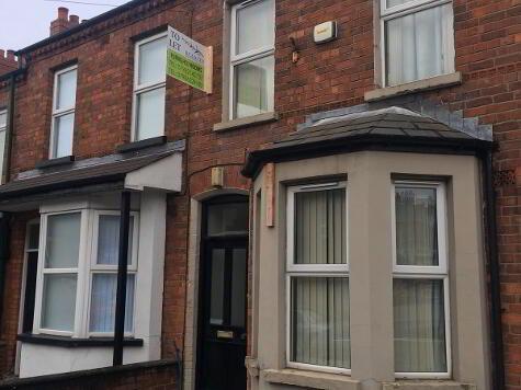 Photo 1 of Room 4, 61 Surrey Street, Lisburn Road, Belfast