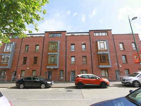 Photo 1 of 6, 112 Templemore Avenue, Belfast