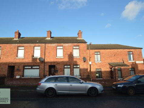Photo 1 of 21 Upper Charleville Street, Belfast
