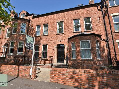 Photo 1 of Apt 9, 104 Eglantine Avenue, Belfast