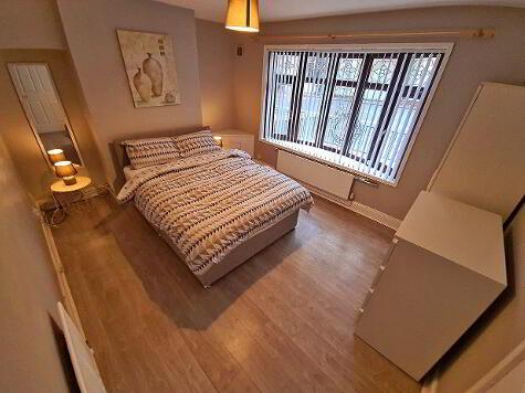 Photo 1 of Room 1, 107 Antrim Road, Belfast