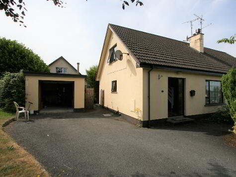 Photo 1 of 22 Linsey Heights, Armagh