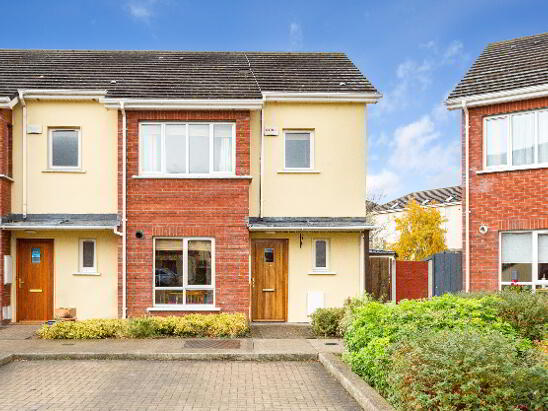 Photo 1 of 27 Hansted Way, Lucan