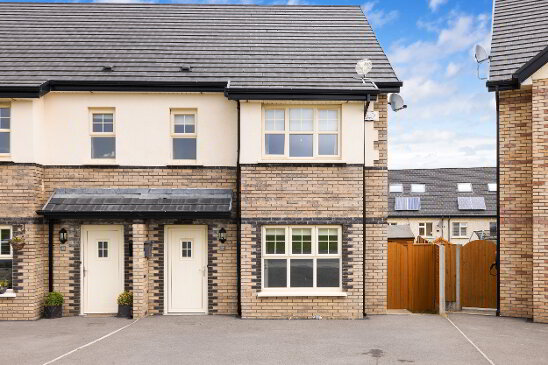 Photo 1 of 37 Kirvin Hill, Broomhall, Rathnew
