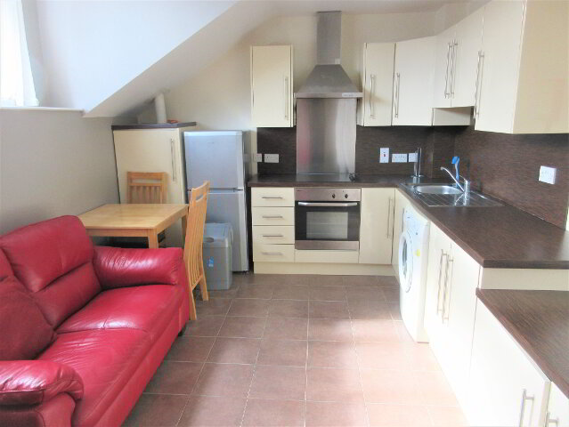 Photo 1 of Student 3 Bedroom Apartment, 4 Magdala Street, Botanic Area, Belfast