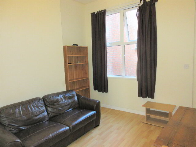 Photo 1 of Great Apartment, 18A Magdala Street, Queens Quarter, Belfast