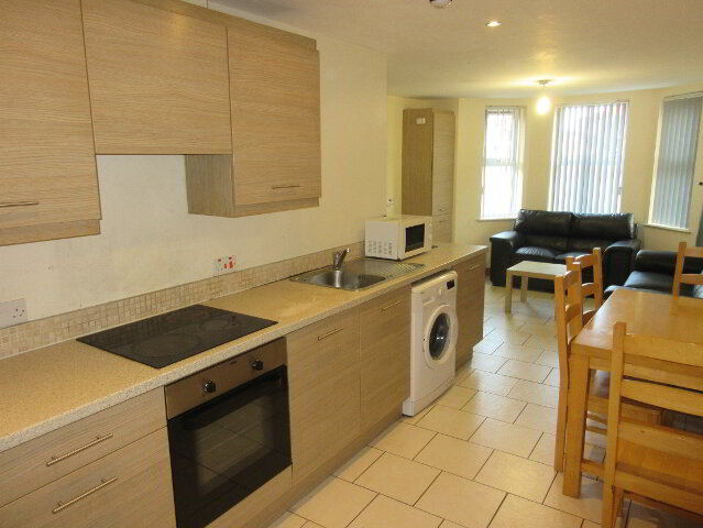 Photo 1 of Great Apartment, 165 University Street, Queens University Quarter, Belfast