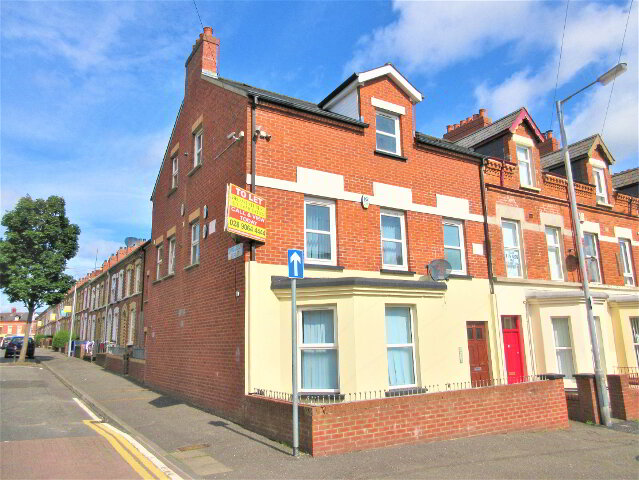 Photo 1 of Great 4 Bed ~ New Build Apartment, 53 Agincourt Avenue, University Qua...Belfast