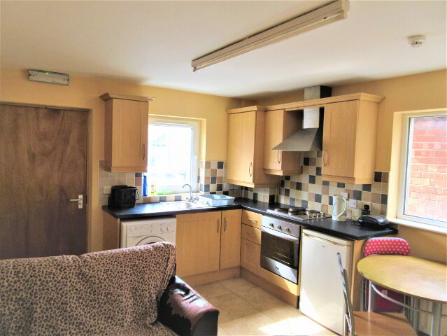 Photo 1 of Student ~ 2 Bedroom Apartment, 131 University Avenue, Queens Quarter, Belfast
