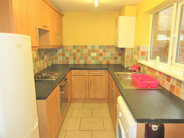 Photo 1 of Student ~ 3 Bedroom House, 36 Damascus Street, Queens Quarter, Belfast