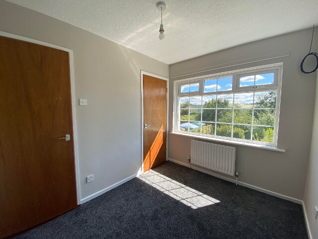 Photo 8 of 18 Wilson Crescent, Ballymena