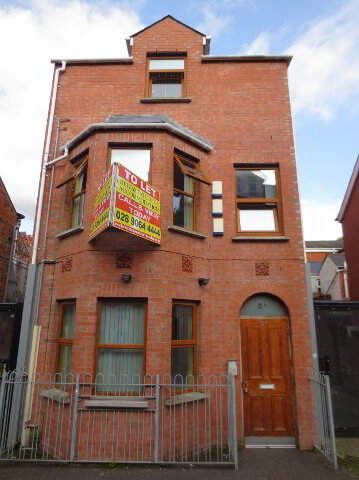 Photo 1 of *Great 3 Bedroom Apartment*, 2A Carmel Street, University Quarter!, Belfast