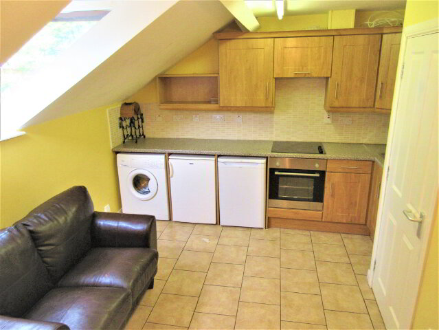 Photo 1 of Great Apartment, 76C Rugby Avenue, Queens Quarter, Belfast