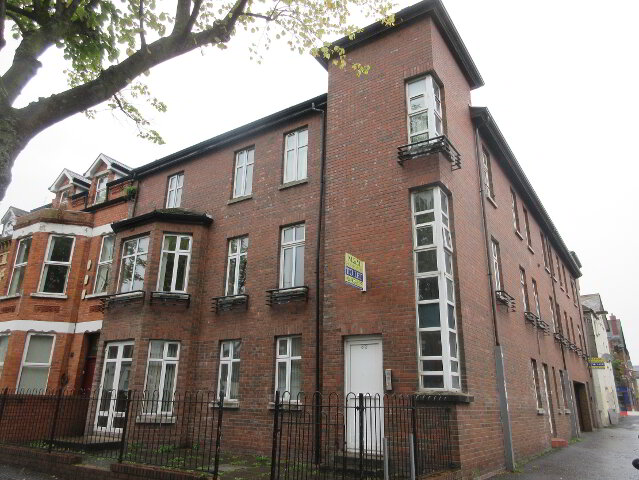 Photo 1 of Student Apartment ~ Rugby House ~, 82 Rugby Avenue, Queens Quarter, Belfast
