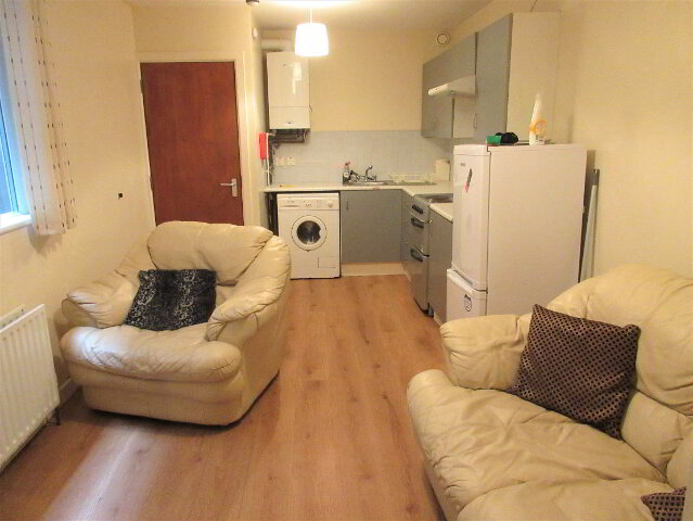 Photo 1 of Great Apartment, 36A University Avenue, Queens Quarter, Belfast