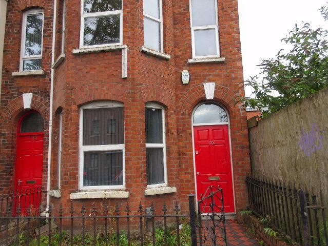 Photo 1 of Student House, 132 University Avenue, Queens Quarter, Belfast