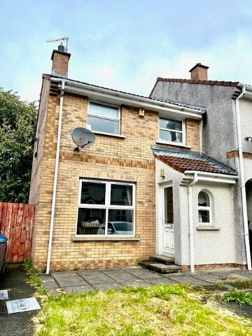 Photo 1 of 15 Shepards Glen, houses to rent in Derry