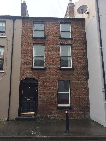 Photo 1 of 7 Princes Street, houses to rent in Derry