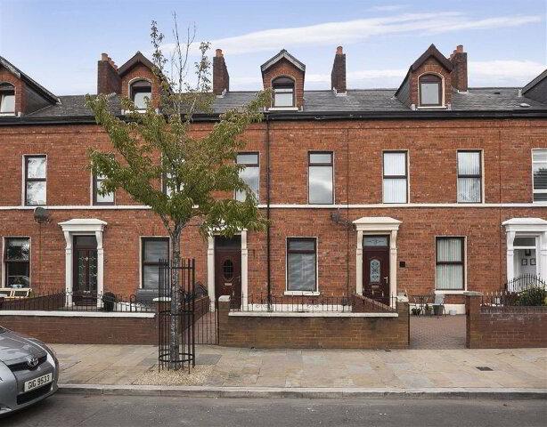 Photo 1 of 72 Mountpottinger Road, Belfast