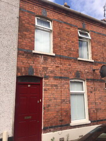 Photo 1 of 16 Govener Road, Derry, houses to rent in Derry