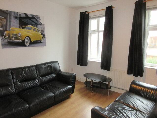 Photo 1 of Great Apartment, 82C Rugby Avenue, Queens Quarter, Belfast