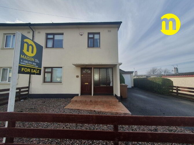 Photo 1 of 33 Alexander Avenue, Armagh