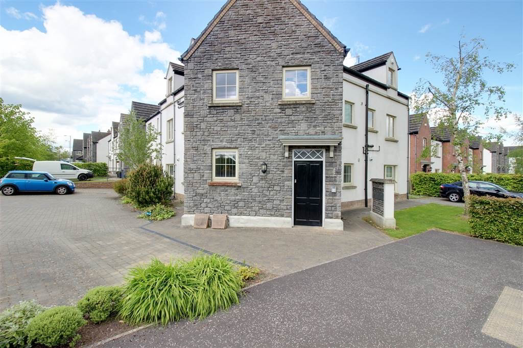 Photo 2 of 18 Coopers Mill Mews, Dundonald