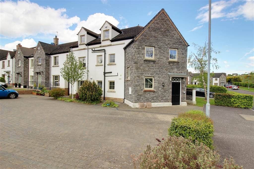 Photo 1 of 18 Coopers Mill Mews, Dundonald