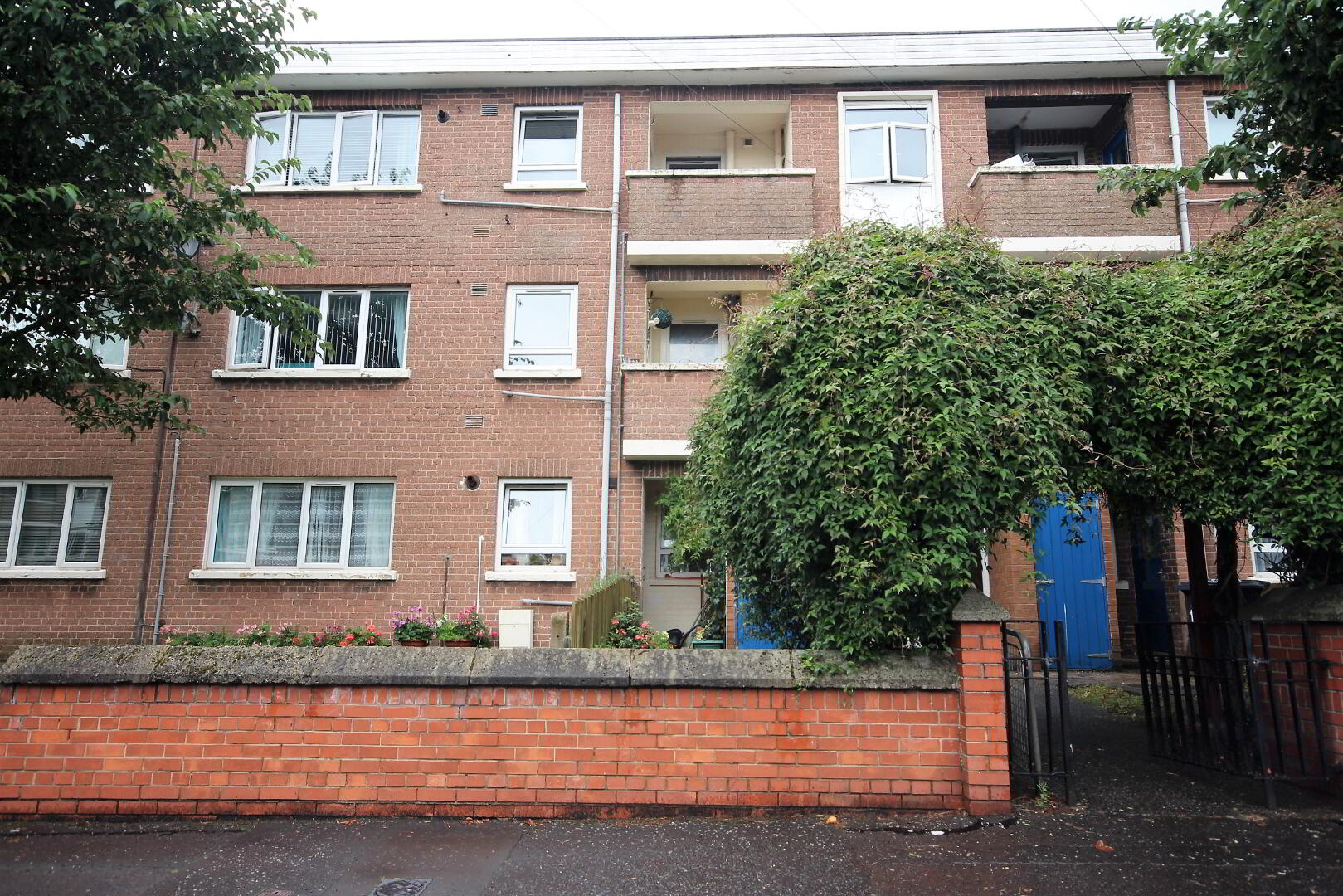 Photo 1 of Flat 10,, 165 Skegoneill Avenue, Belfast