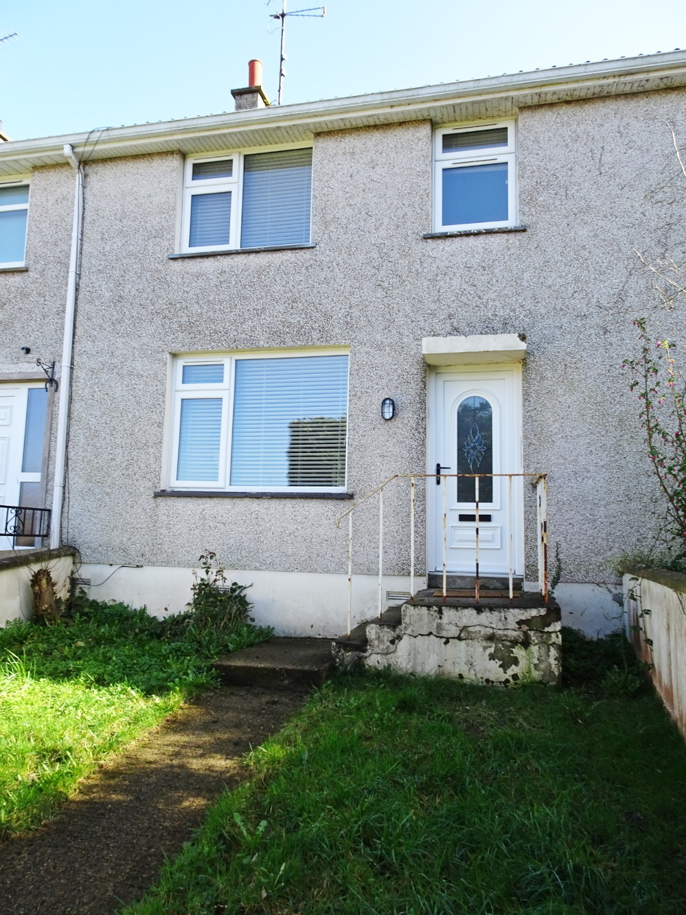 Photo 1 of 86 Loughview Drive, Enniskillen